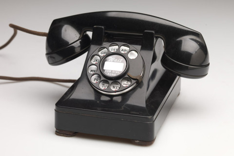 Henry Dreyfuss Model 302 Telephone, ca. 1941