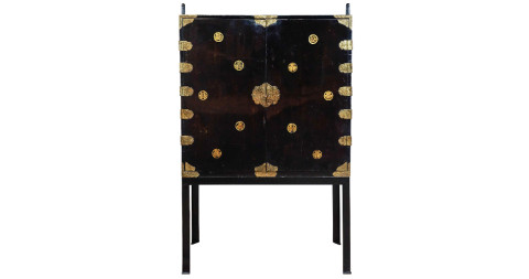 Japanese kimono cabinet, 1860s, offered by VIncent Mulford
