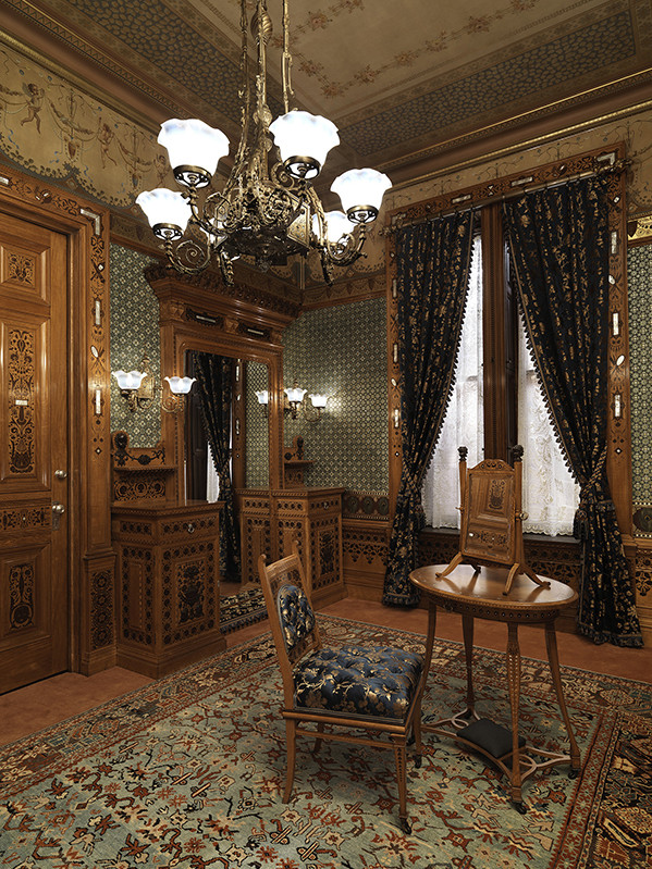 Gilded Age Design Arabella Worsham S New York Brownstone Decor