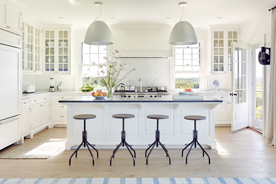 Inside 10 Transporting Vacation Homes By Victoria Hagan