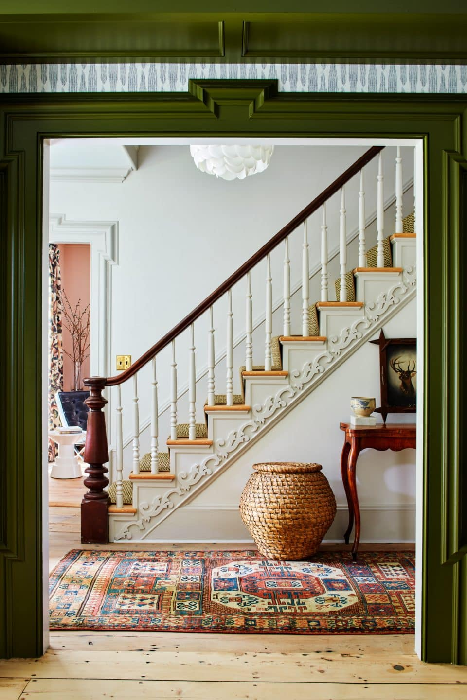 This Color-Loving Designer Redefines Farmhouse Chic with a Dose of Comfort