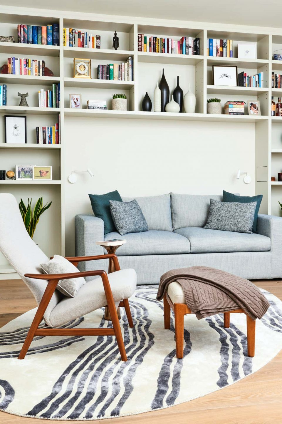 Rachel Laxer Specializes in Laid-Back Elegance