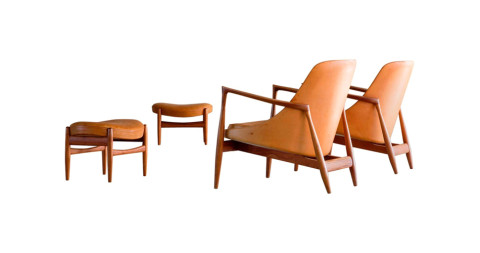 Pair of Ib Kofod-Larsen Model U-56 Elisabeth Chairs and Ottomans, 1950s, offered by MORENTZ