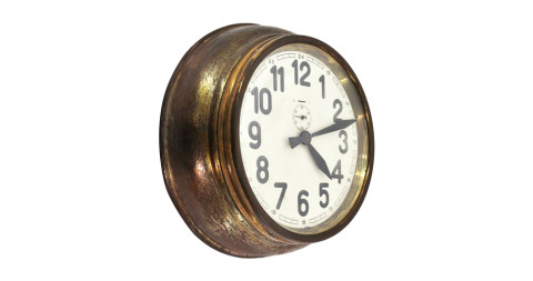 Brass Art Deco wall clock, 1930s, offered by Galerie Zeitraume