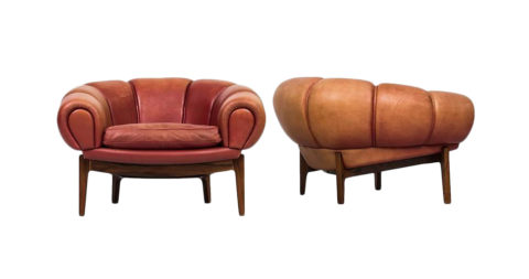 Illum Wikkelsø for Holger Christiansen easy chairs, offered by Studio Schalling