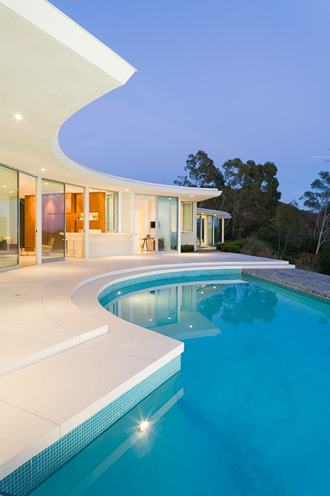 A Modernist Beverly Hills Enclave Offers a View from Over the Top