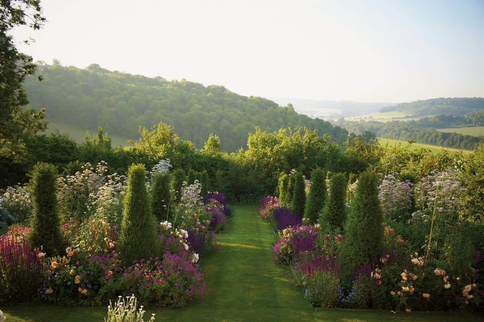Jinny Blom Brings Eclecticism and Order to the U.K.'s Finest Gardens