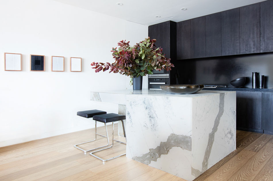 A small eating area designed by Marmol Radziner