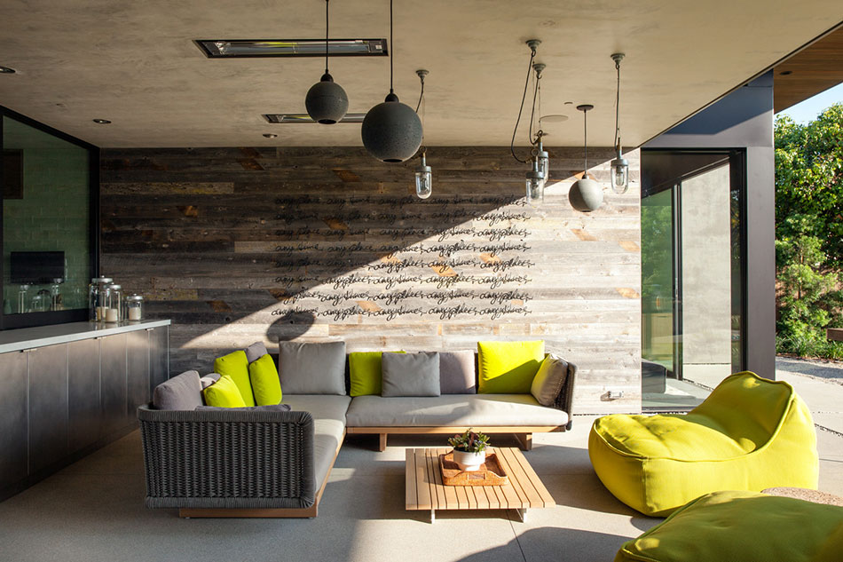 An outdoor living space designed by Marmol Radziner