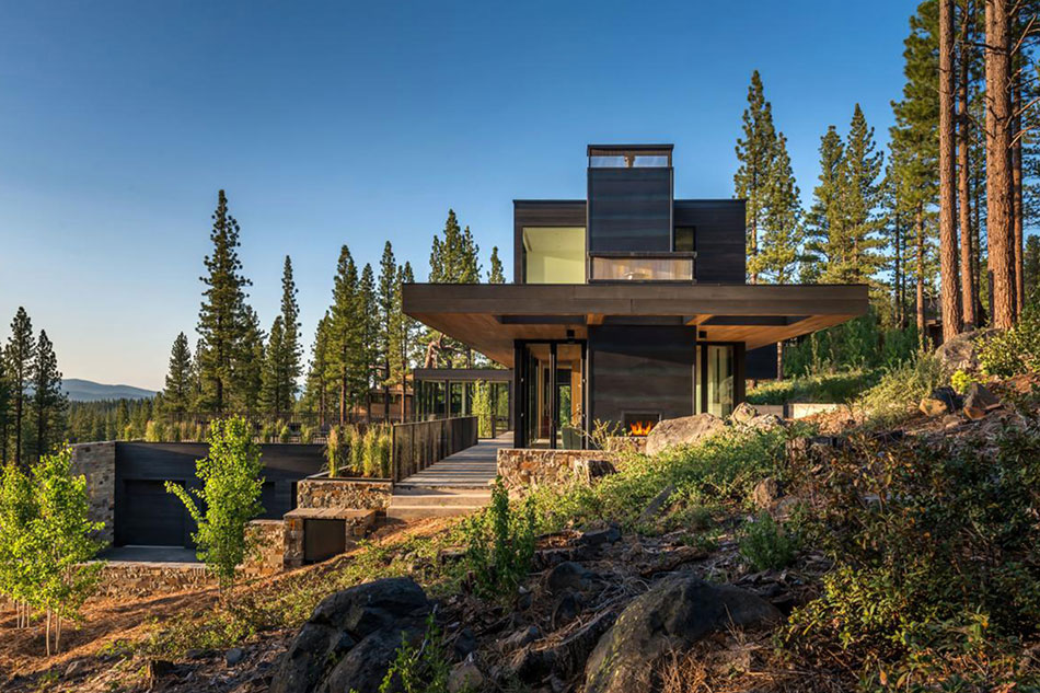 Lake Tahoe home by Blaze Makoid