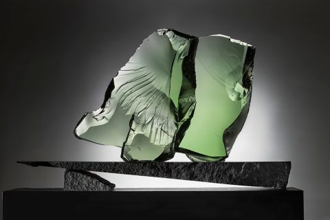 glass sculpture manufactured by Iittala in 1985