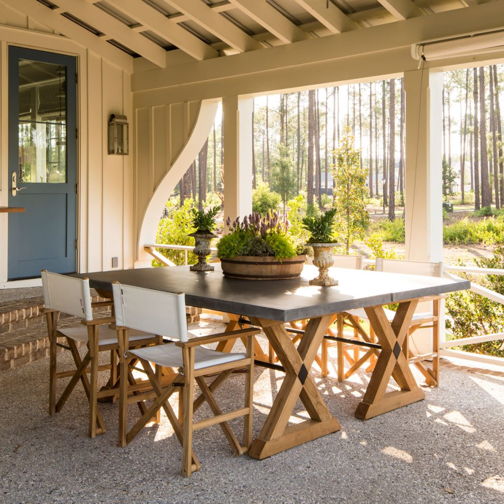 Outdoor dining space by Pursley Dixon