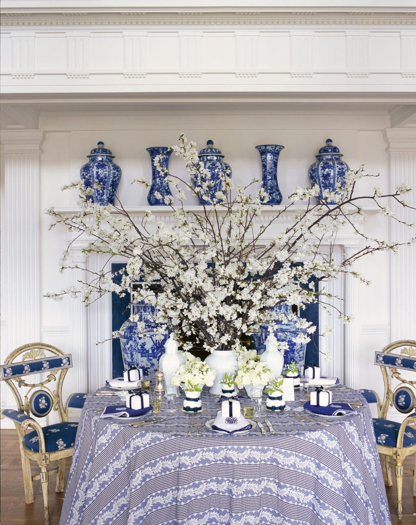 dining room at Weatherstone Connecticut estate Carolyne Roehm Design & Style: A Constant Thread book Rizzoli