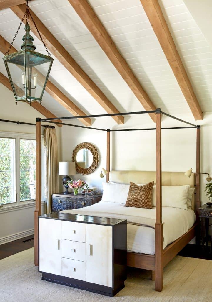 bedroom by Wendy Haworth