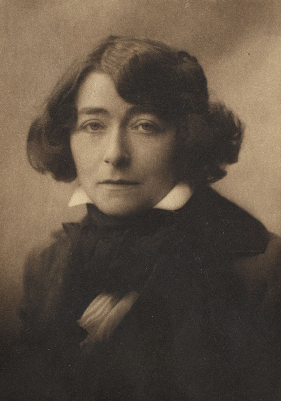Portrait of Eileen Gray taken by British photographer George Charles Beresford, circa 1916–18