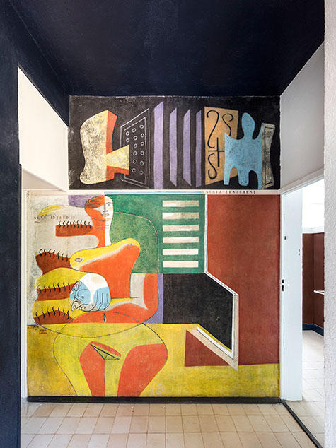 A Le Corbusier mural in Eileen Gray's E-1027
