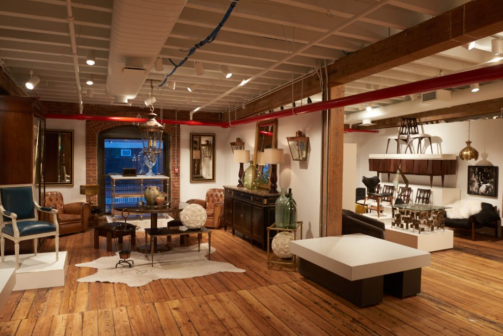 Antiques on Old Plank Road and the Swanky Abode at the 1stdibs Gallery