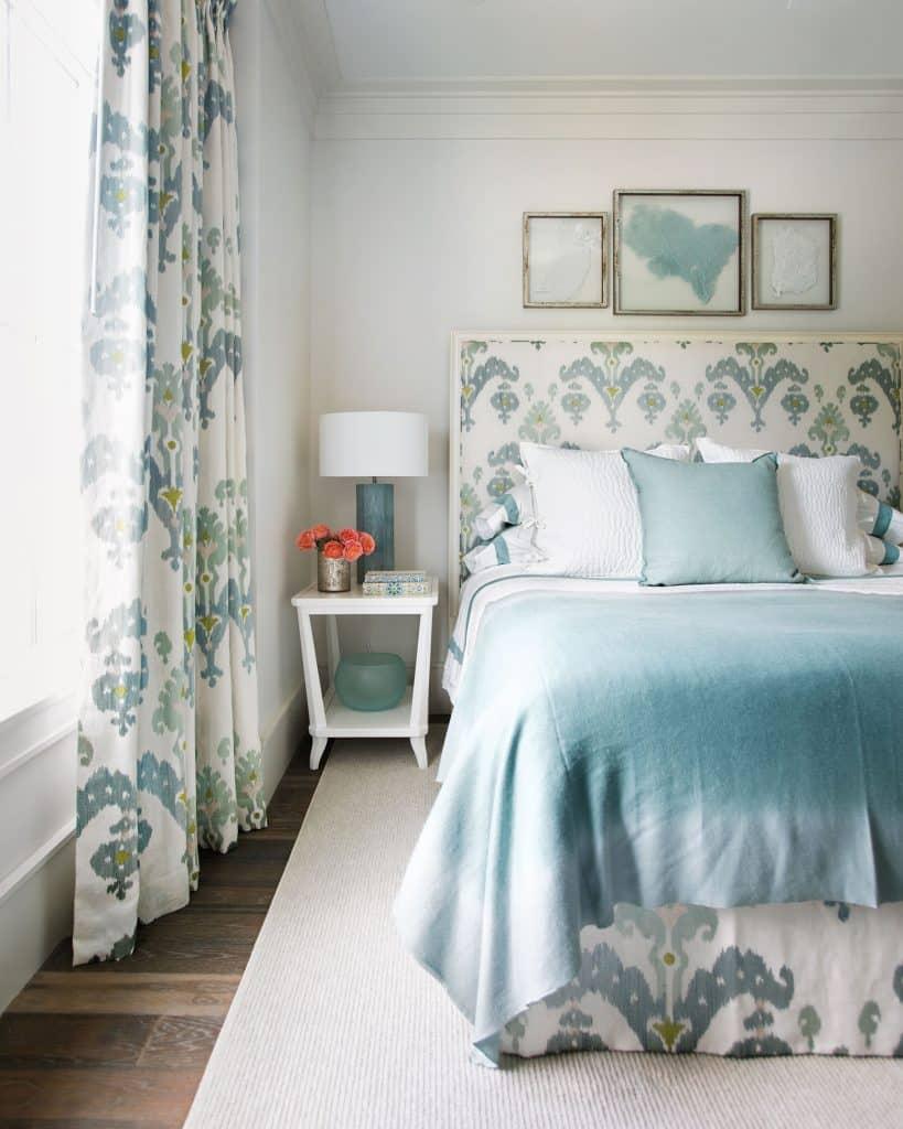 Suzanne Kasler designed guest bedroom
