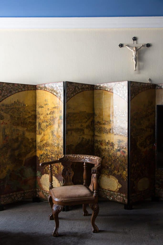 A ca. 1690 Mexican screen embellished with gold and mother-of-pearl inlay at Rodrigo Rivero Lake's apartment and showroom