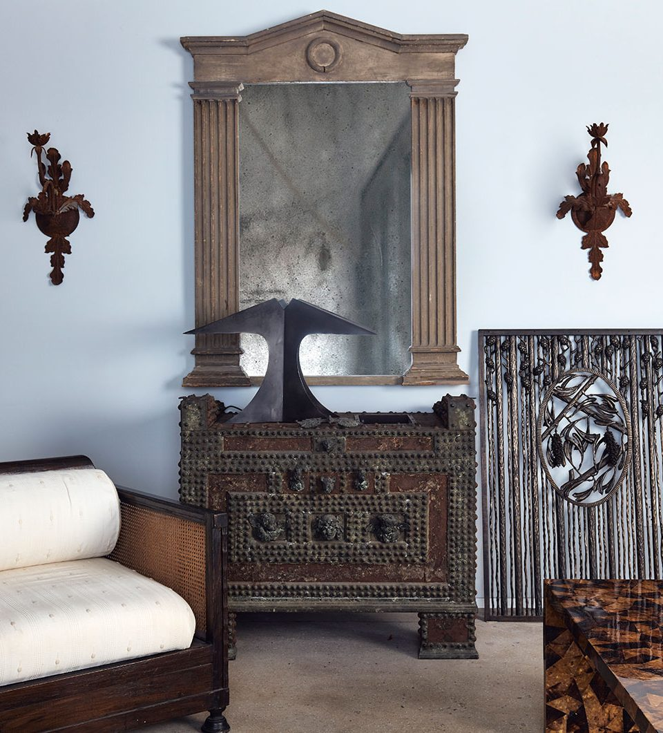 See and Shop Juan Montoya's Carefully Curated Christie's Exhibition at the 1stdibs Gallery