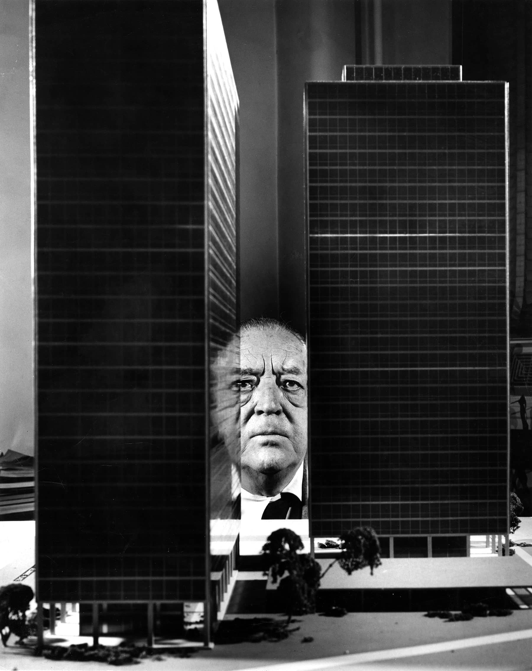 Chicago Mies Van Der Rohe Tour how chicago, mies van der rohe's adopted home, remembers the