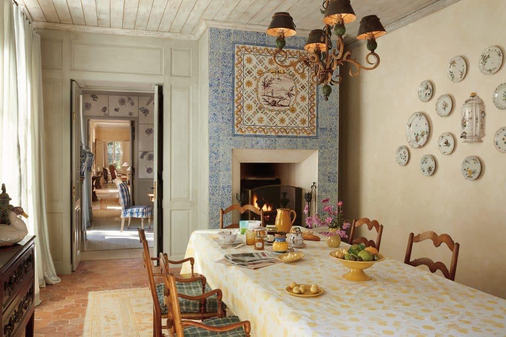 Bunny Williams Love Affairs with Houses Abrams Provence France farmhouse breakfast room