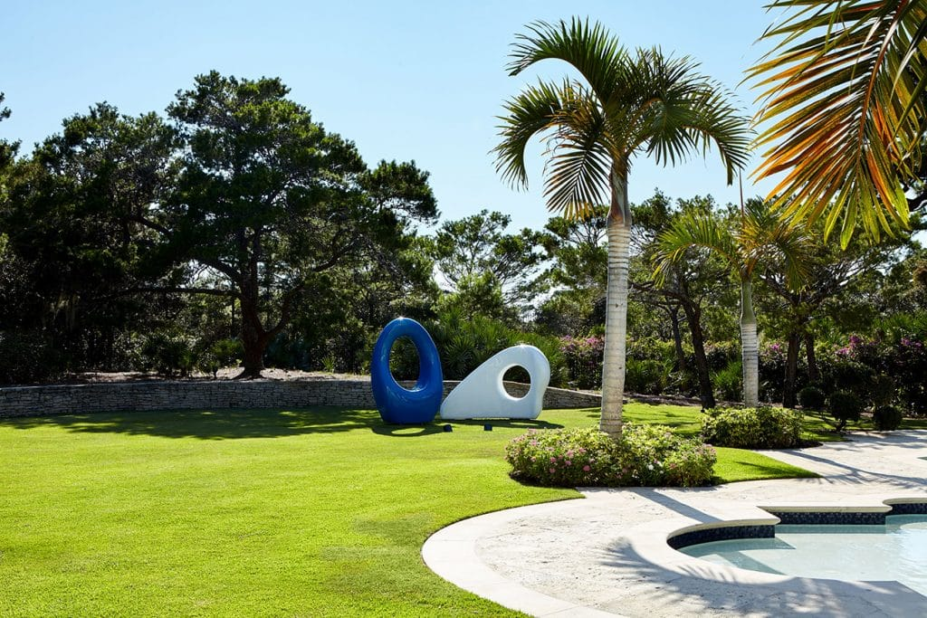 Mia Fonssagrives-Solow sculptures on the lawn of a Jupiter, Florida, estate designed by Frampton Co.