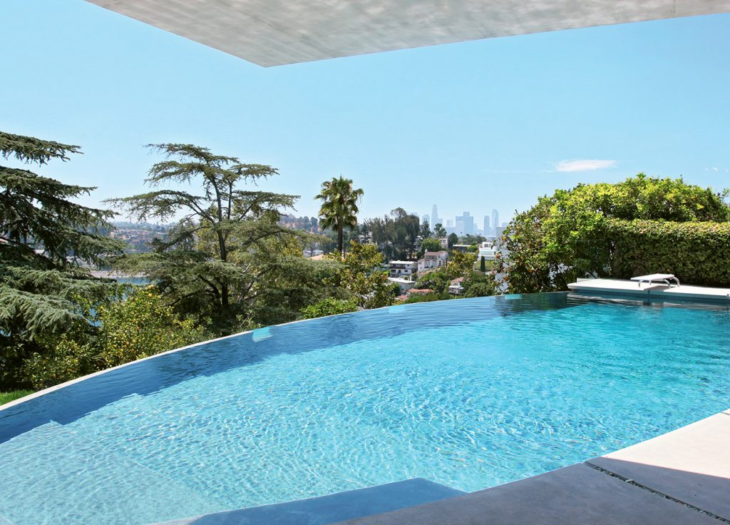 The John Lautner–designed pool at Silvertop, photographed by Tim Street-Porter.