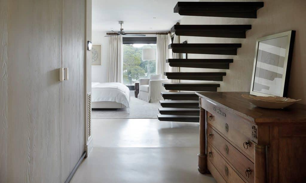 British Designer Fiona Barratt-Campbell Mallorca villa bedroom Elemental book Rizzoli