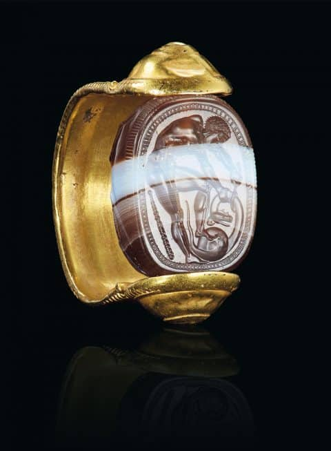 Etruscan gold and banded agate scarab finger ring with Hercle, ca. early 4th century B.C.