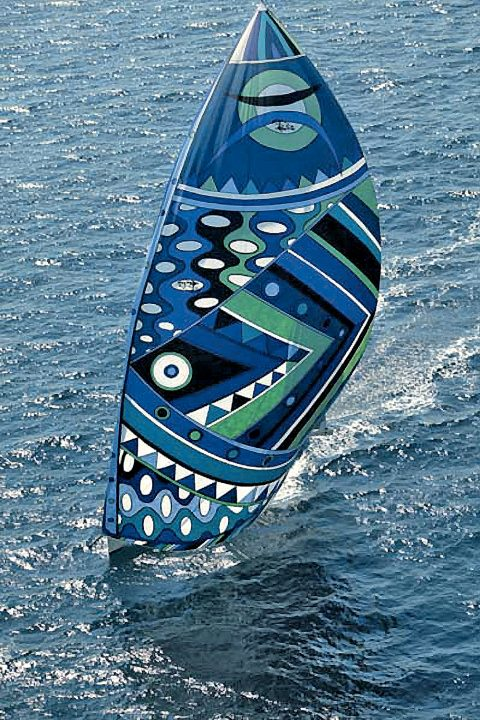 Wally yacht with Pucci sail