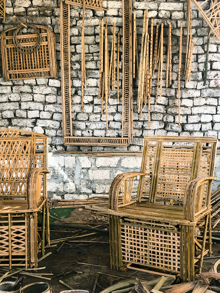 Miguel Flores-Vianna's photo of palm-frond chairs in Luxor, Egypt