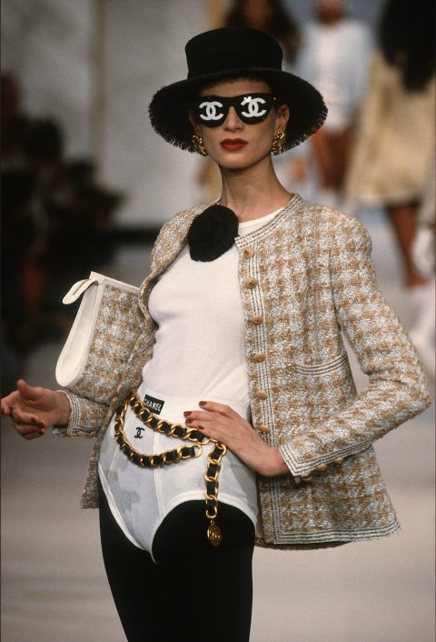 Chanel - Runway - Haute Couture Fall/Winter 1992-1993