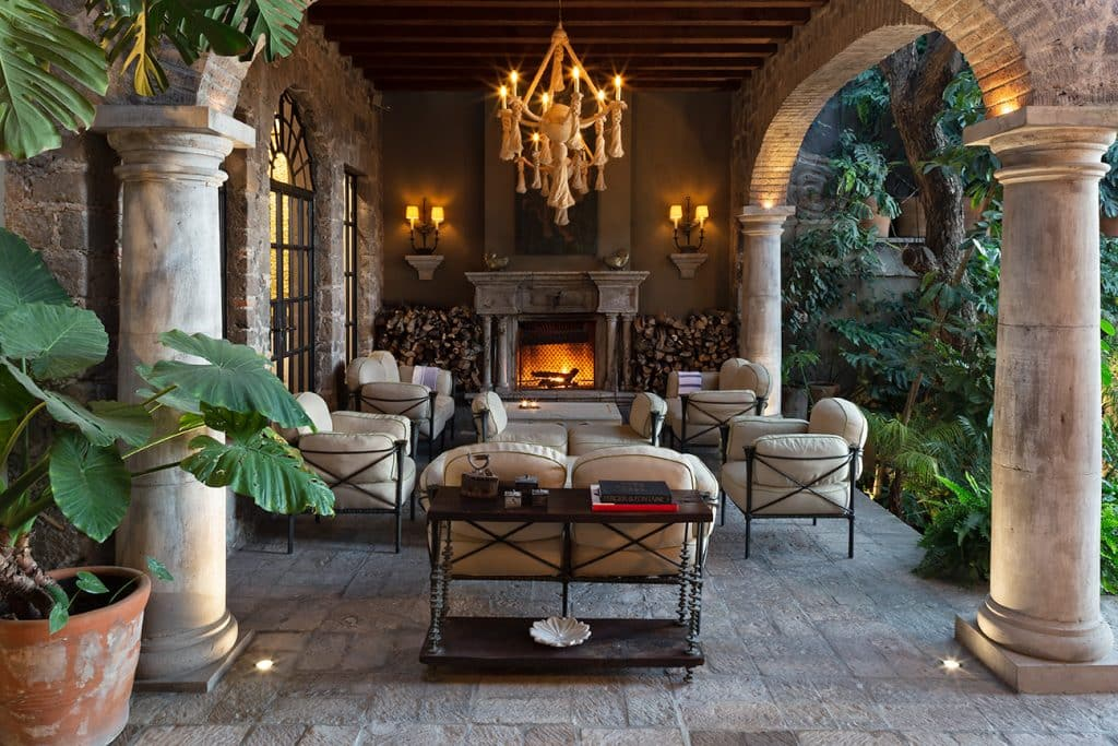 Fisher Weisman Mexico outdoor living room