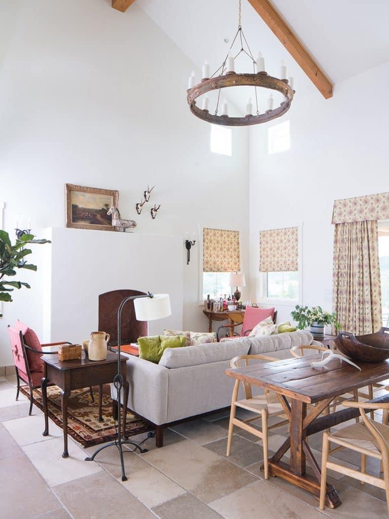 Texas interior design Melissa Morgan M Interiors Fredericksburg guesthouse living area