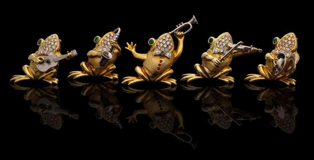 TEFAF Maastricht 2020 Hancocks London frog brooches