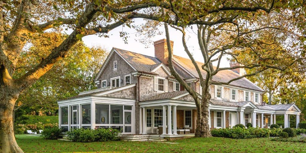 HOUSES: Robert A.M. Stern Architects Monacelli Press RAMSA Lily Pond Lane New York East Hampton exterior architect Randy M. Correll