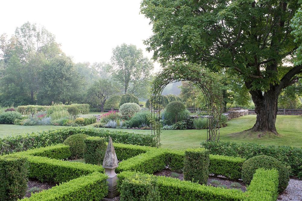 Jane Garmey's garden