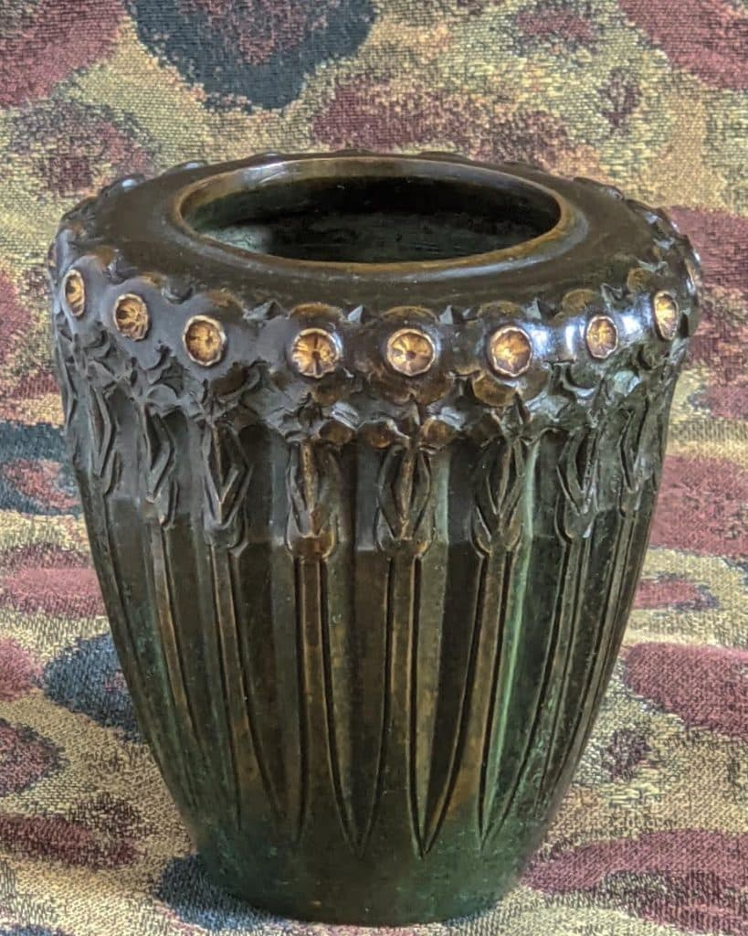 A Jean Dunand 1910–1912 bronze vase, offered by Calderwood Gallery