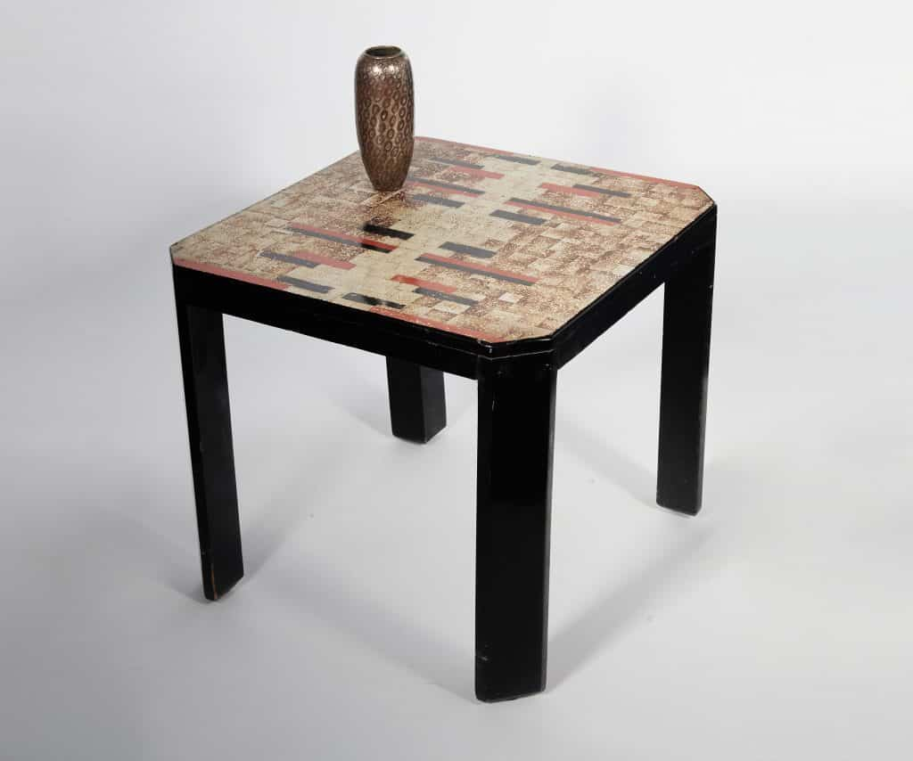 A Jean Dunand vase and table offered my Maison Gerard