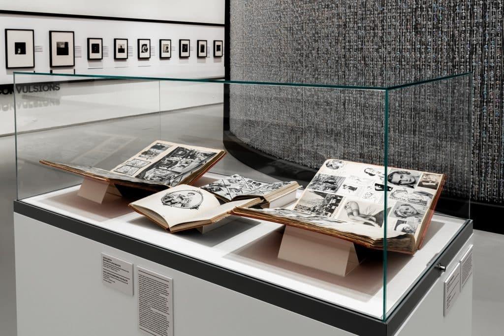 British society photographer Cecil Beaton State Hermitage Museum exhibition Cecil Beaton: Celebrating Celebrity books