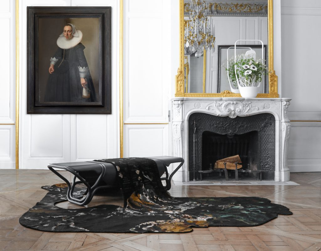 YMER&MALTA's vueDuCiel bench, from the Aubusson Tapestry: The Great Lady collection and ikebanaMedulla vase in a Paris townhouse