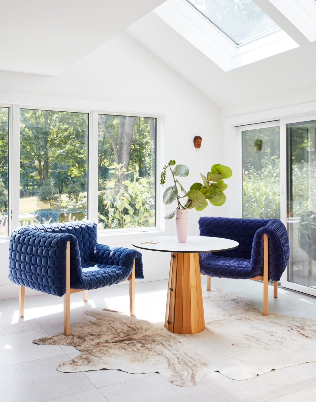 The breakfast nook of an Oyster Bay house with interiors by Danielle Fennoy of Revamp Interior Design