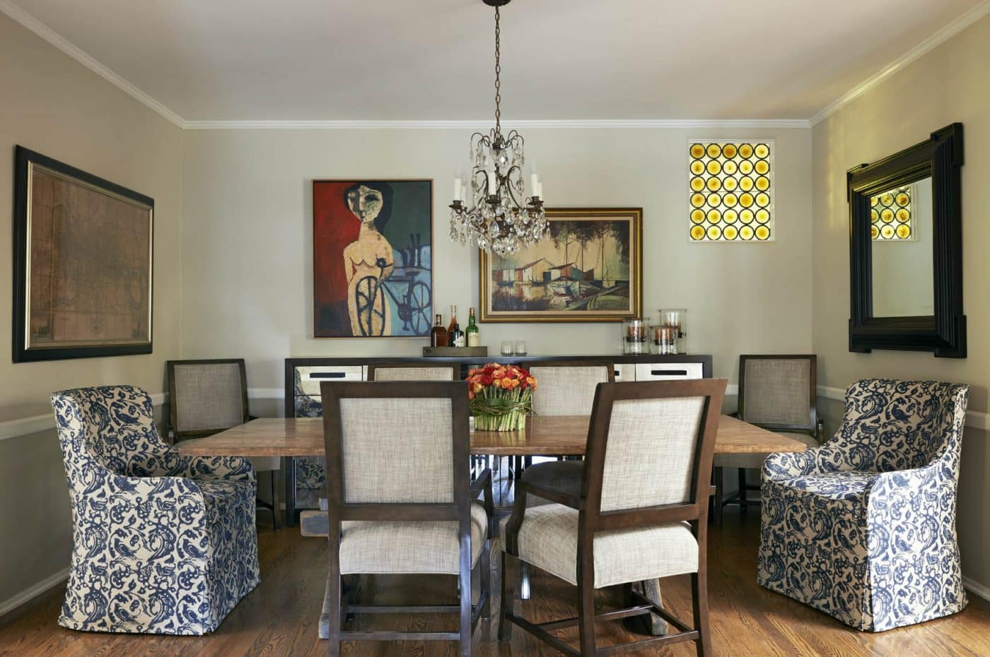 Ojai dining room with wooden table, interior designed by Coulter