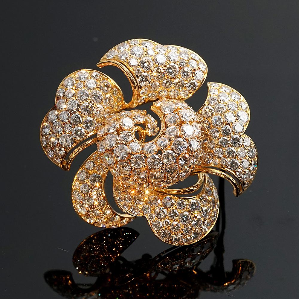 Bulgari Gold and Diamond Brooch