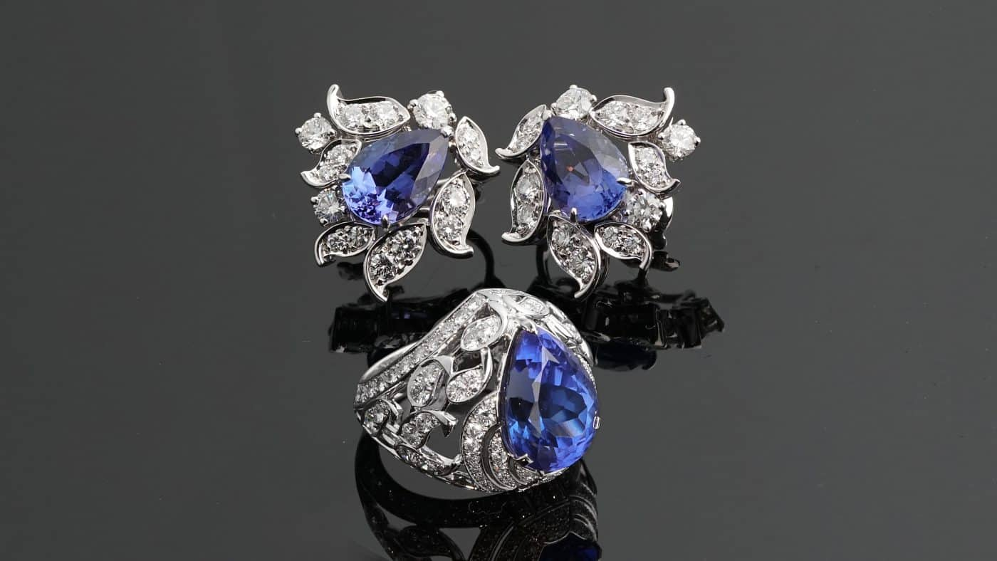 Suite of Van Cleef and Arpels tanzanite jewels, offered by Opulent Jewelers