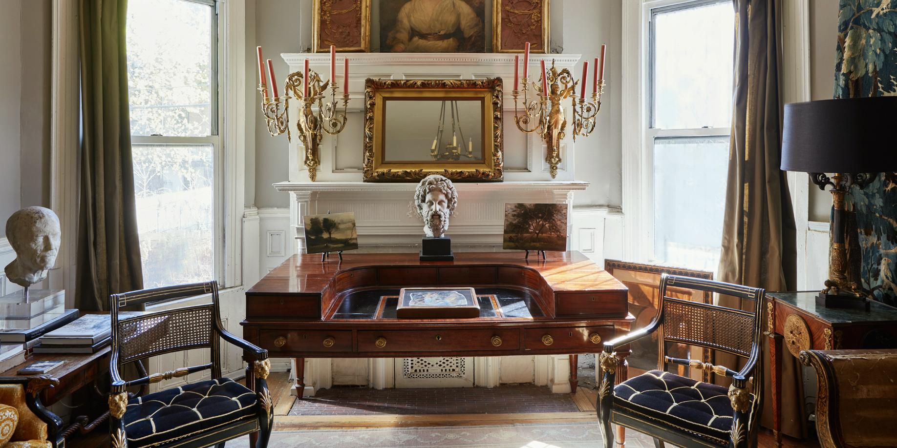 Gillows of Lancaster & London ca. 1820 mahogany desk